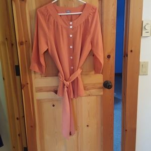 Feminine washable silk blouse